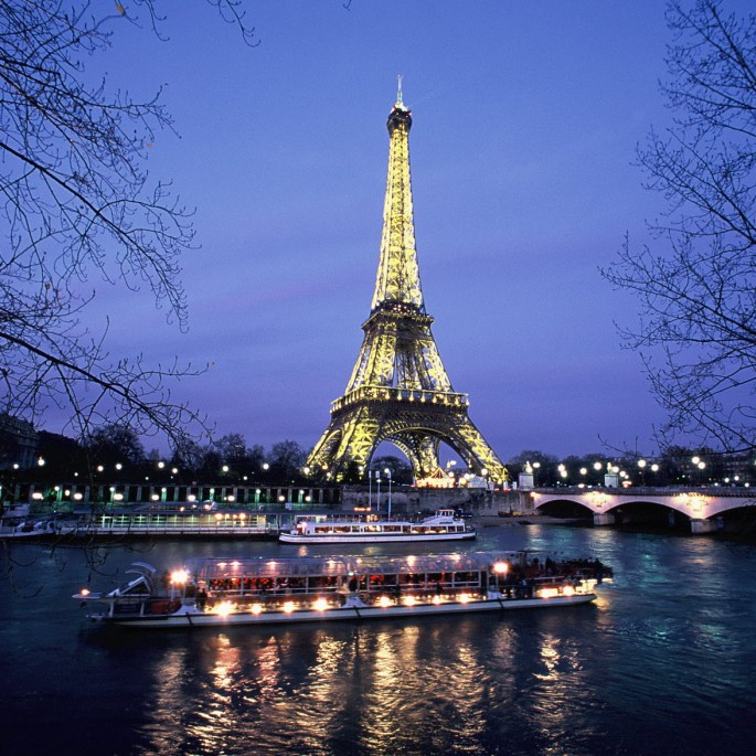 romantic-seine-dinner-cruise (1)